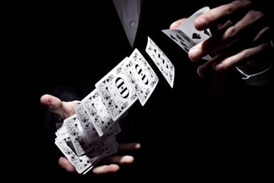 Neue Kartentricks lernen